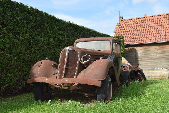 1934/35 Buick tow truck + 1/2 Ford Model A