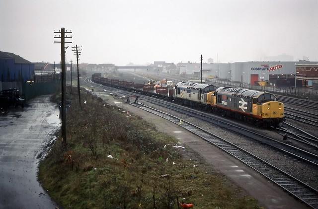 37506/37668, Pengam, Cardiff, February 1990