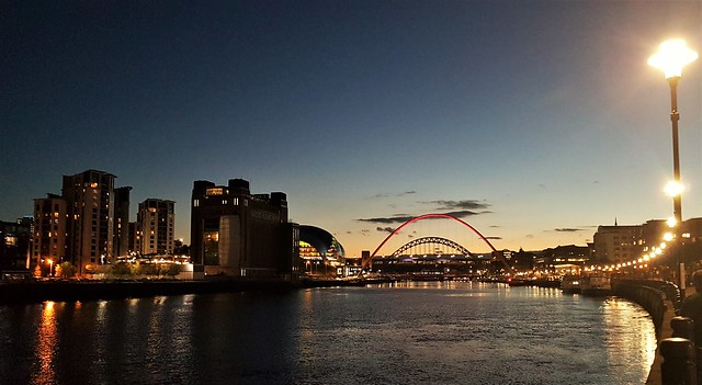 Newcastle-Upon-Tyne - River Tyne Night Lights (P)
