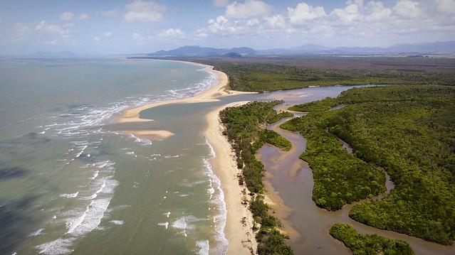 Featured medium photo of Kurrimine Beach on TripHappy's travel guide