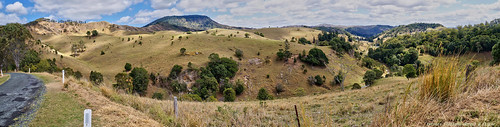 australia qld panorama pano queensland hills road lookout viewpoint view stitch mountchinghee