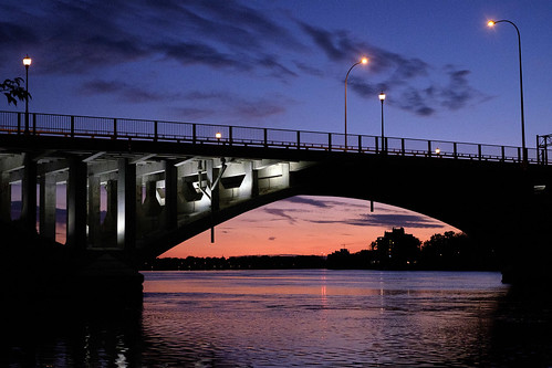 bridge sky sunset lampposts river pink blue nightfall viau clouds condos rivièredesprairies