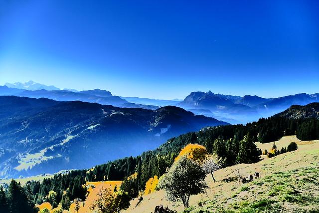 1009.18.Mont Caly