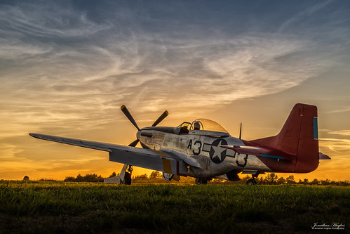 332nd redtails blacksquadron fightingredtails mustang sunset essex tle england