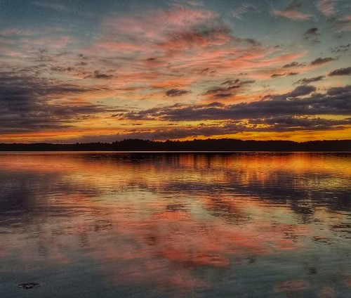 sunsets durhamnorthcarolina lakecrabtree northcarolina reflections