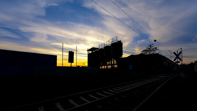 Industrial sunset | Sigma 8~16mm ƒ/4.5~5.6 DC HSM & Metabones T Mark V on SONY ⍺6000