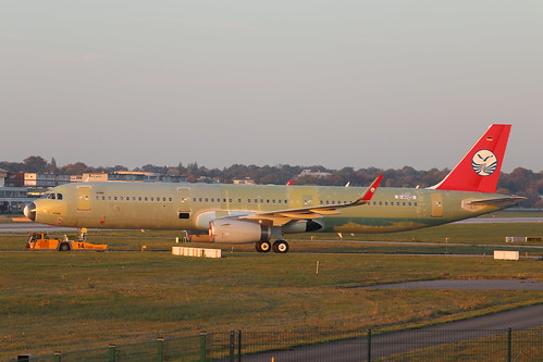 A321 Sichuan Airlines B-302S   by XFW-Spotter