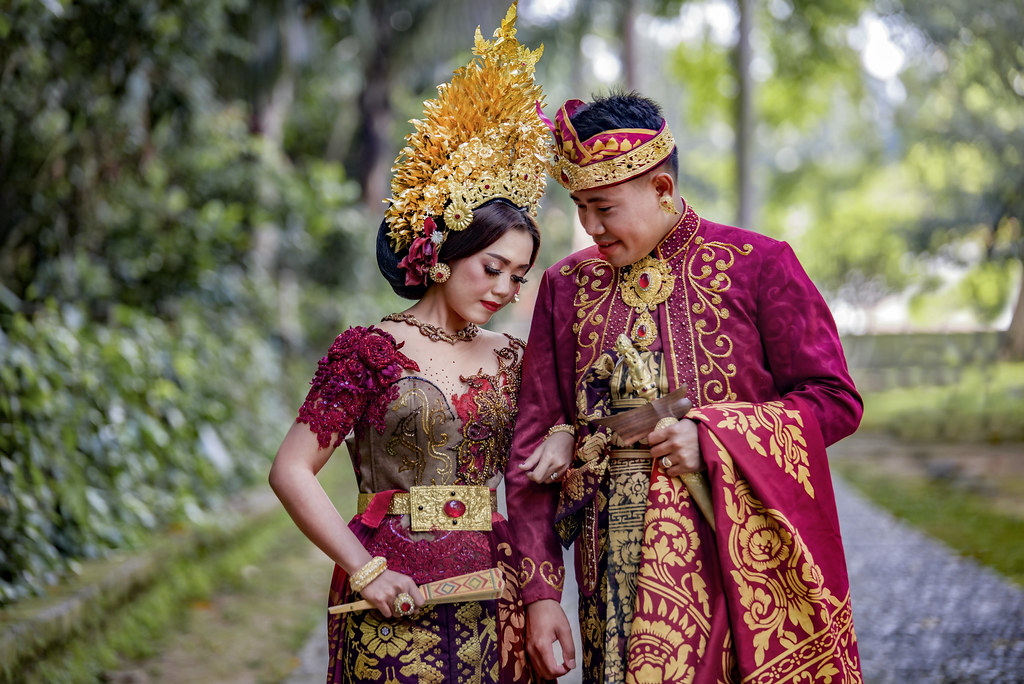 Paket foto prewedding lengkap dengan rias makeup dress gaun bridal bali jakarta