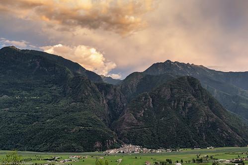 valtellina canon canoneos60d tamronsp1750mmf28xrdiiivcld alps alpi tramonto sunset italia italy lombardia lombardy montagna mountains