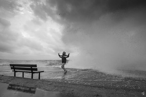 cloud cyclone bw greece running sea waves top20greece
