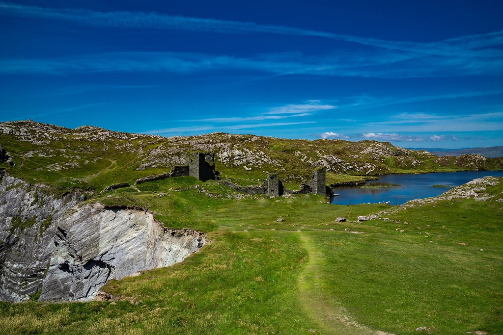 Three Castle Head in Ireland is a true wonder. All in the same place you have a lake, castle ruins, and a 1000 foot cliff down to the ocean. It was one of the things I'd wanted to visit for years. And even though it's out in the middle of nowhere, and a p