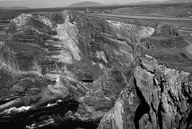 cliffs_of_kerry_L2013739