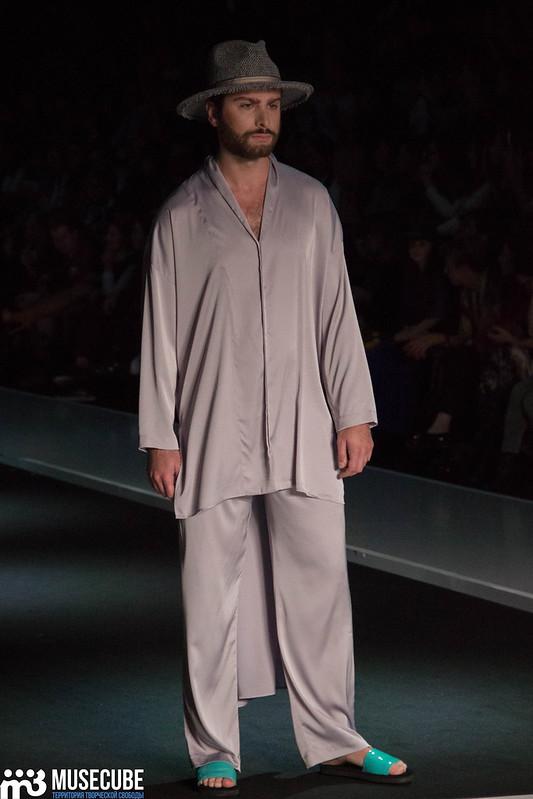 mercedes_benz_fashion_week_goga_nikabadze_048