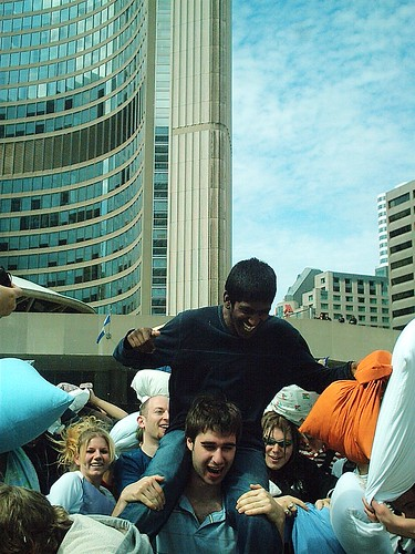 Pillow Fight 2007, Nathan Phillips Square, Toronto, Saturday, May 12, 2007 - 241 | by HiMY SYeD / photopia