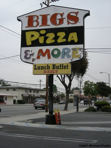 Bigs Pizza & more ex Shakey's Pizza  on Paramount Blvd ( Downey , California ) | by Dying In Downey