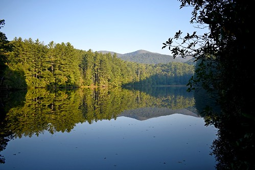 lake water pond trees pines reflection mountain sky ncmountainman d3400 phixe lowresolutionversion woods forest nikon