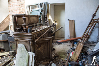 Lost Places: Maison Catholic | by smartphoto78