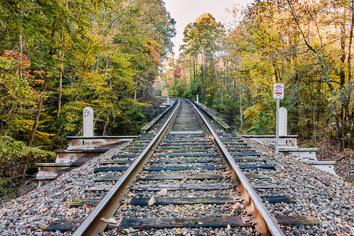 bridge railroad claibornecounty tiprell tennessee autumn autumncolors backroadphotography nikond7200 fall pointoffocus pointofview trespassing