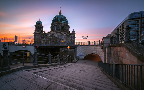 architecture architektur allemagne adventure atmosphere berlin berliner bridge brücke city cityscape clouds church castle d750 deutschland dämmerung dom europe europa earth eglise germany landscape landschaft lzb moment mitte nikon nikkor outdoor perspectives paysage photography perspektive stadt street sunset sonnenuntergang sweet spree time travel twillight urban ufer view viewpoints ville world wetter wolken wideangle weather