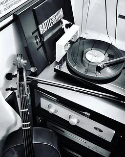 Music for the night #home #life #music #vynil #lp #u2 #cello #blackandwhite #bw #photooftheday #picoftheday #day #fun #play #love #pride #u2 #igers #igersitalia #igersmilano #night #workathome #nostop #monrio #unisonresearch #projectaudio #turntable | by Mario De Carli