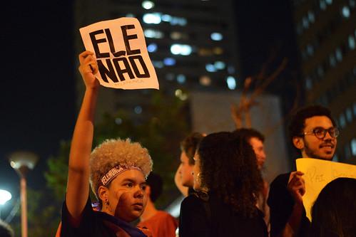 1º Manifestação em defesa da Democracia contra Bolsonaro, 30 de outubro de 2018 | by revistaesquinas
