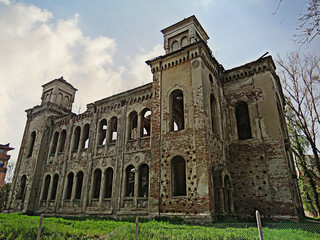 Abandoned synagogue in Bulgaria (6 of 6) | by jimsawthat