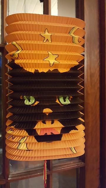 kitty lantern