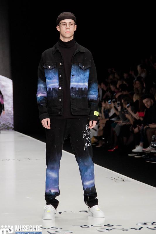 mercedes_benz_fashion_week_black_star_wear_021