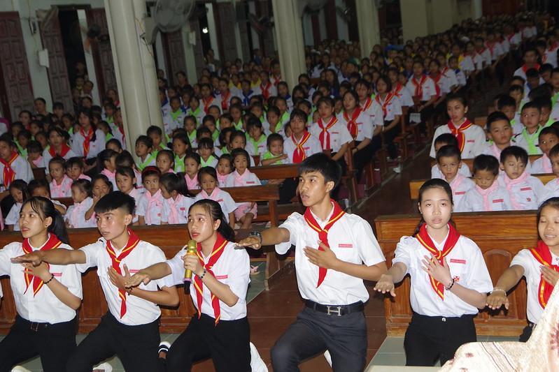 Lễ ra mắt TNTT xứ  đoàn Đa Minh Tân Phong, QB (4)