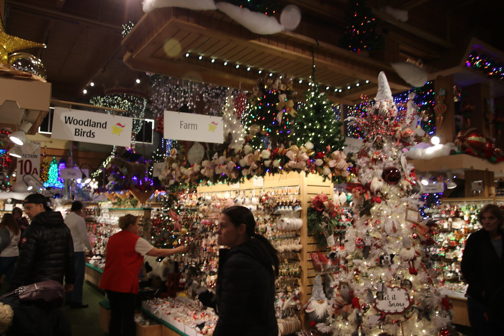 Frankenmuth Christmas.Visit To Bronner S Christmas Wonderland Frankenmuth Mich