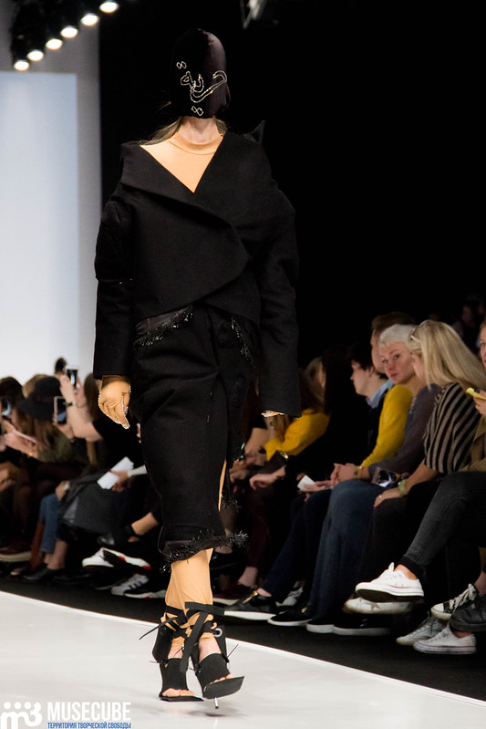 mercedes_benz_fashion_week_ba_(hons)_fashion_059