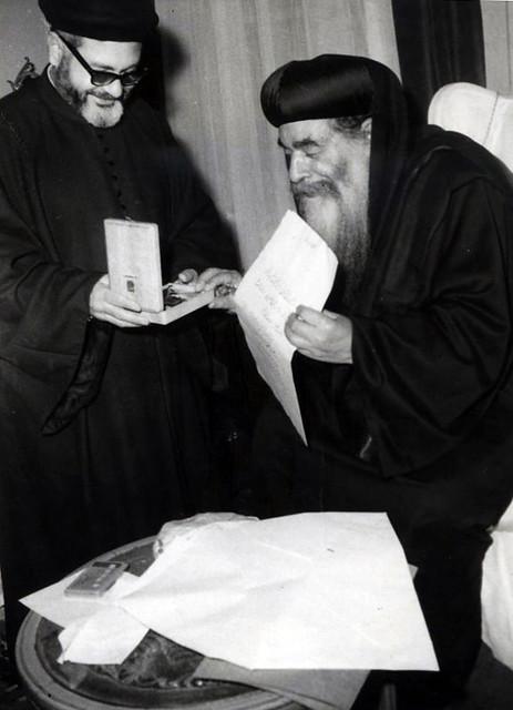 القمص مكارى عبد الله مع قداسة البابا كيرلس السادس - 2