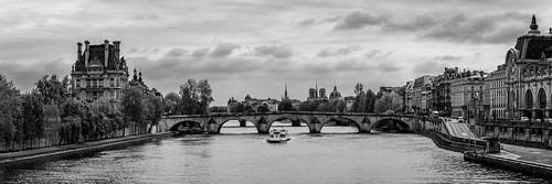 2015 copyright copyright©2015 on1 structure vehicle architecture blackwhite boat bridge cityscape historic landmark landscape lightroom photoshop travel ©kswest ©stevewest ©stevenwest paris france fra clouds panorama flickr fineart bw nb