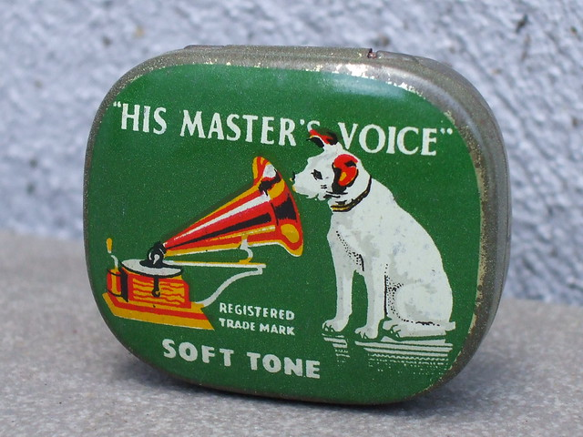 Vintage His Master's Voice Nipper The Dog Advertising Tin For Soft Tone Gramophone Needles