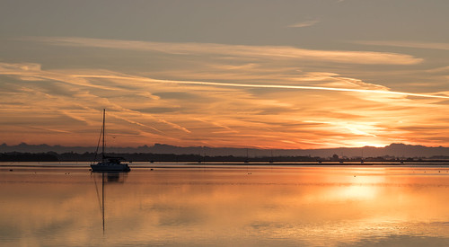 sunrise langstone emsworthharbour boats reflections canon