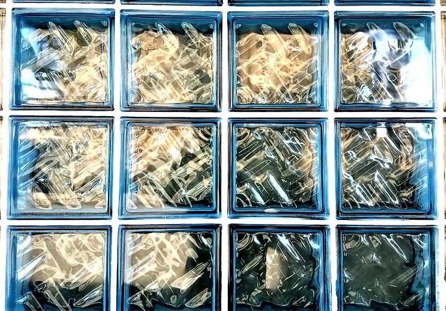 2511621-Glass_panes