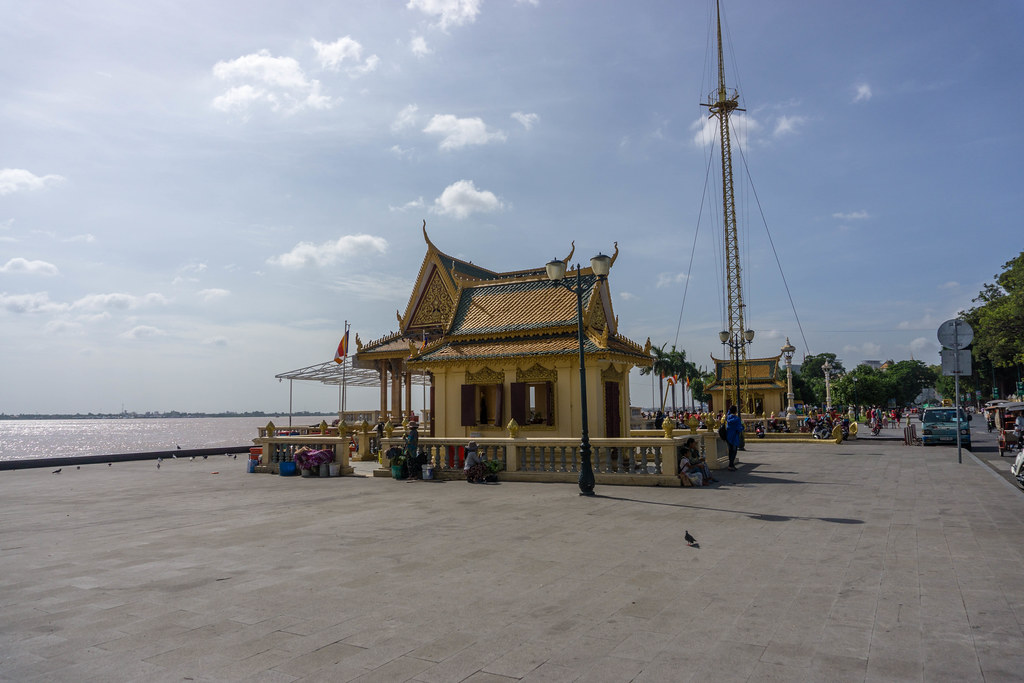 Temples along the river front