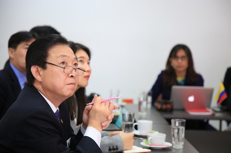 Colombia y Corea del Sur hacen seguimiento al programa para mejorar uso de TIC en el aula - 6 de noviembre de 2018