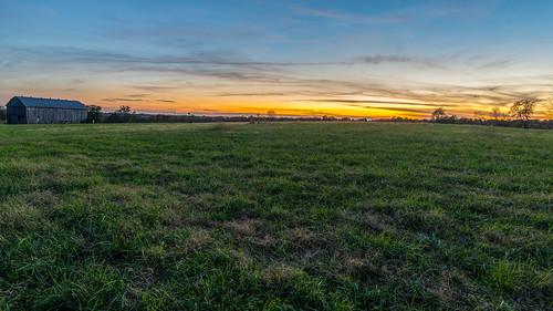 battleofrichmond kentucky richmondbattlefield barn battlefield field sunset