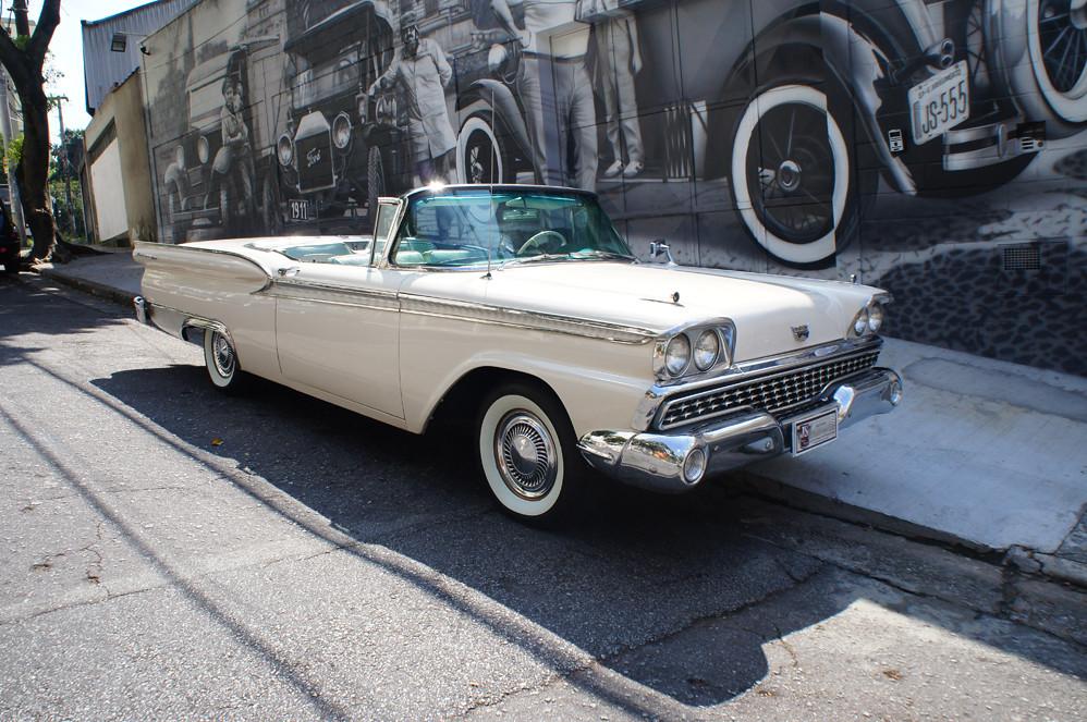 Ford 1959 Skyliner Conversivel Branco
