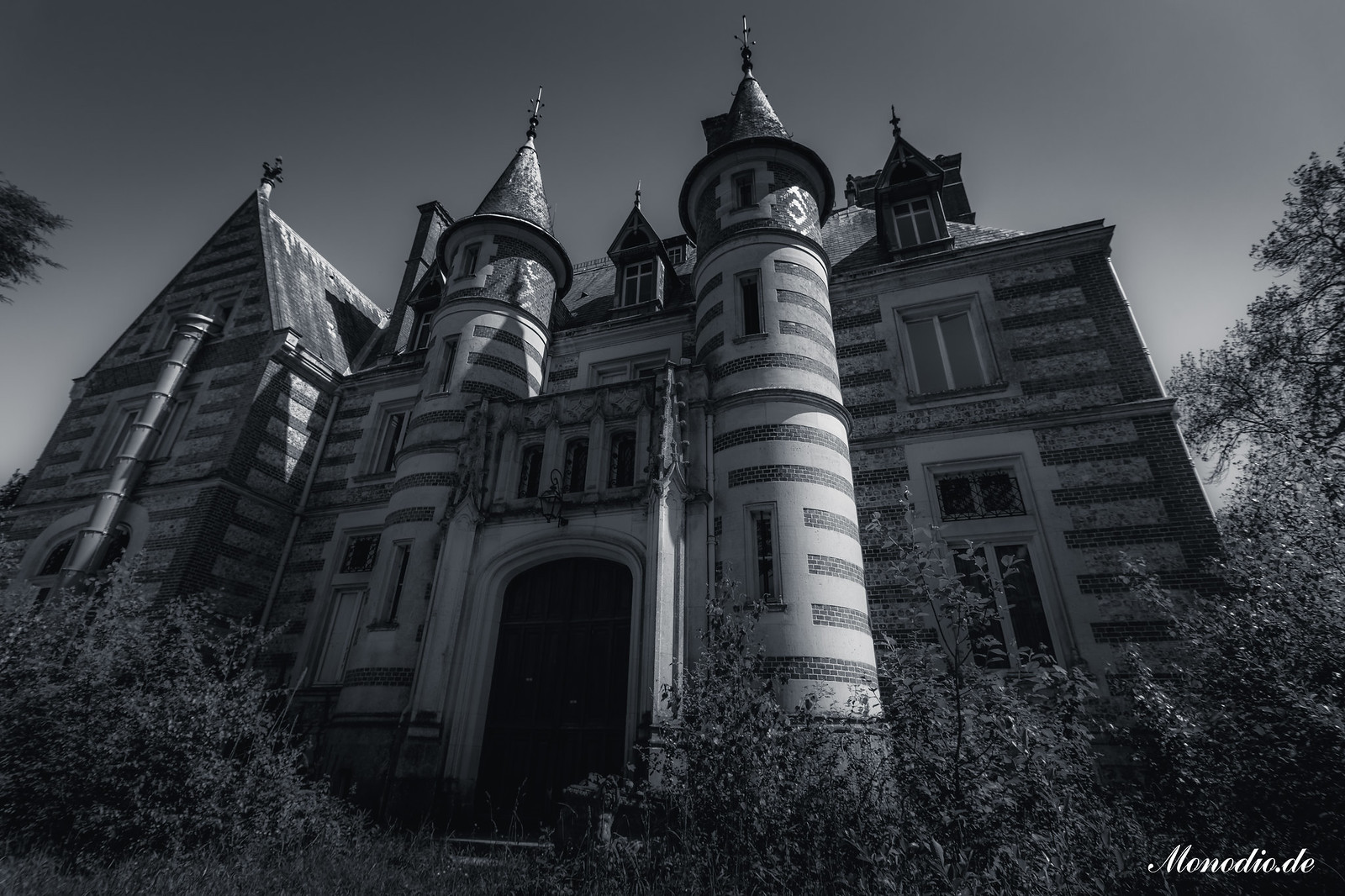 Château Sous les Nuages
