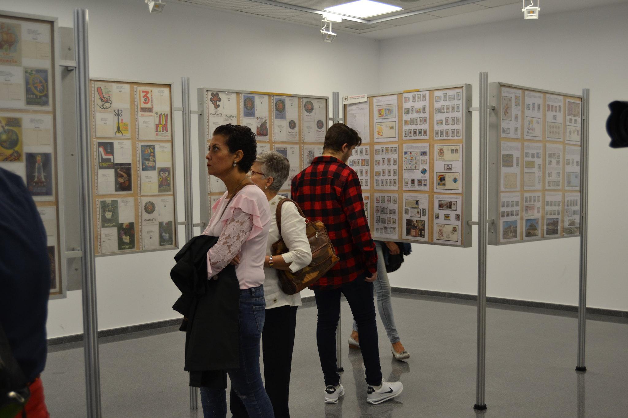 (2018-10-05) - Exposición Filatélica - Inauguración - Diario El Carrer  (26)