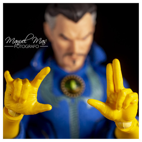 Mezco ONE:12. - Doctor Strange | by manumasfotografo