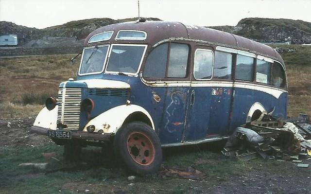 XS 6564 Bedford OB Duple C29F