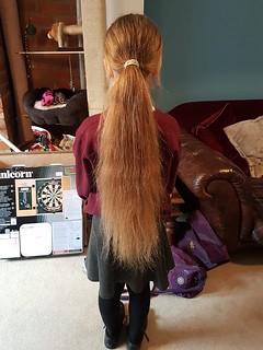 Caithyn hair cut fundrasier