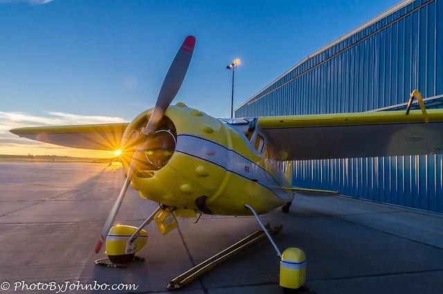 Cessna-195-1