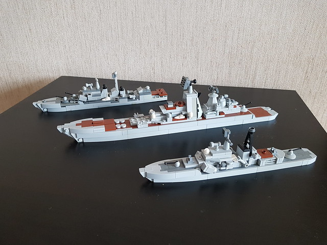 Kirov-class battlecruiser, Sovremenny-class destroyer, Udaloy-class large ASW ship. 1:700 scale.