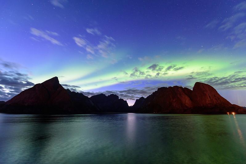 Nordlicht in Sakrisøy