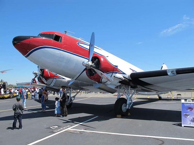 Douglas DC-3C 1