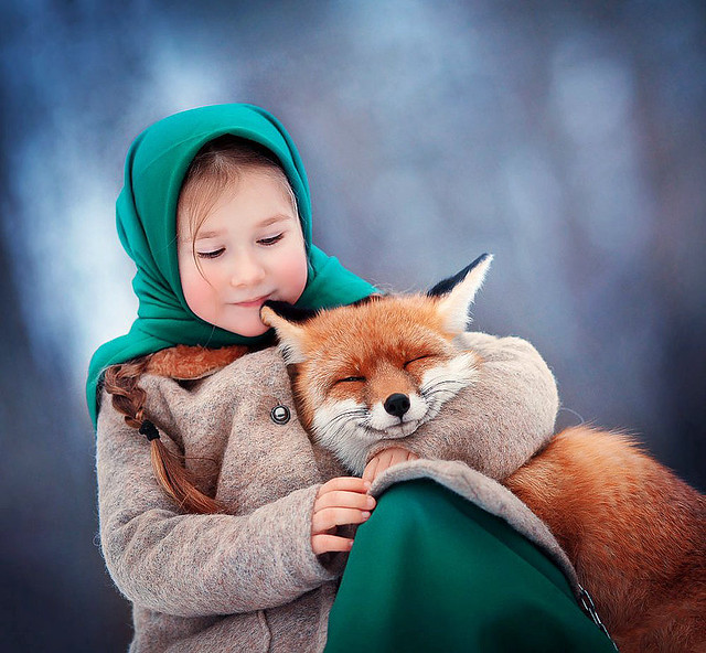 Girl and fox: © Anna Melnikova